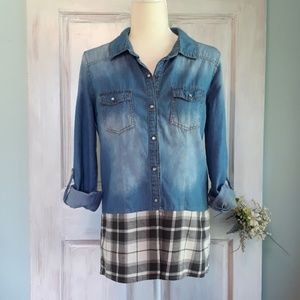 Ci Sono Upcycled Chambray Top with a Flannel Botyo
